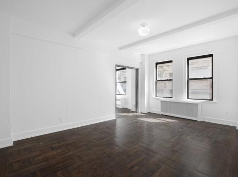 12-E-86-#202-Livingroom-1