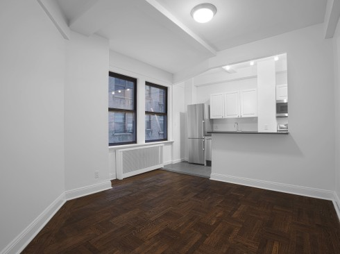 12 E 86th Street Apartment 322