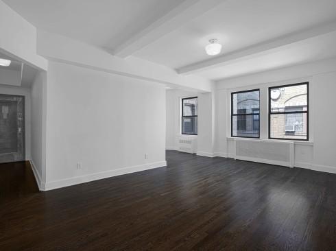 12-East-86-#1601-Livingroom