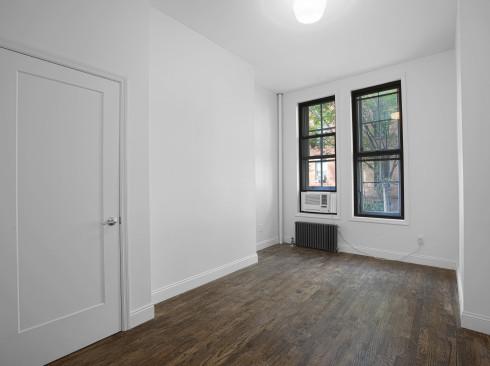 148-w-10-#1A-Livingroom1