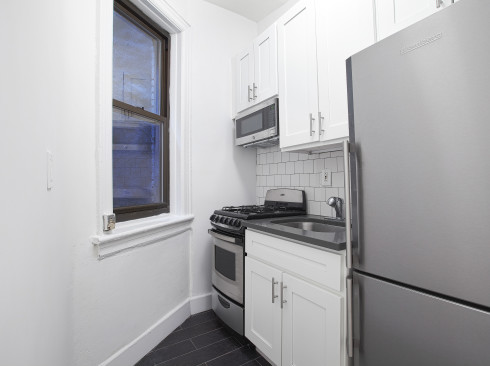 148-West10th-2A-Kitchen