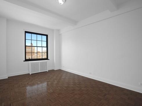 160 w 71 #12G LivingroomLow