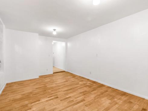 168-E8st St 1B-Livingroom2