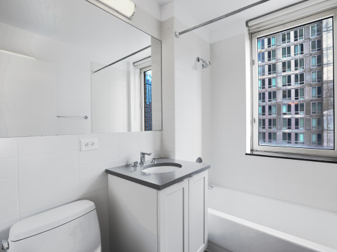 #19B-Bathroom