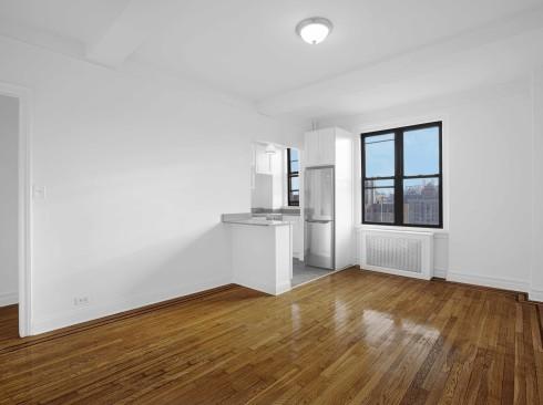 208-w-23-#1509-Livingroom