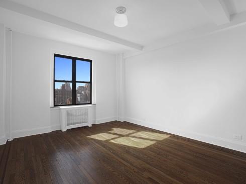 208-w-23-#1512-LivingroomLow.