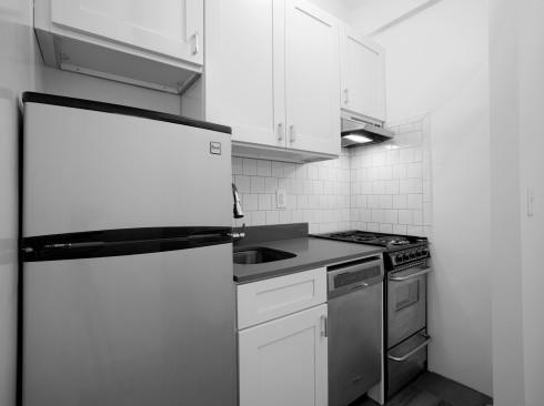 208-w-23#319-KitchenLow