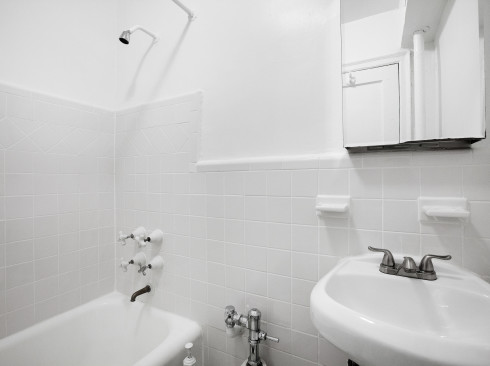 208 West 23-#608-Bathroom