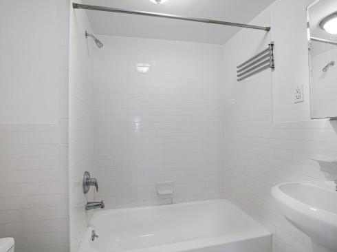 233W13 #1 BATH