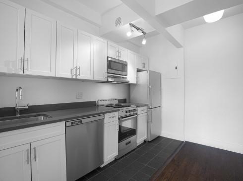 24 5th 701 kitchen