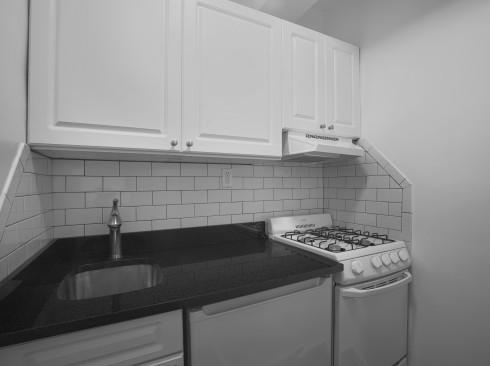 253 W 72 #205 KitchenLow