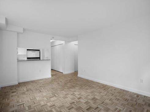 360 W43 N2L Livingroom