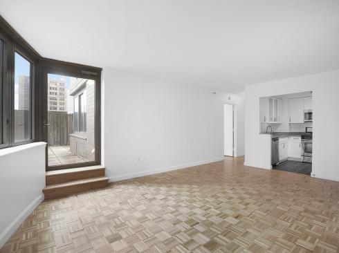 360 W43 S5D Livingroom