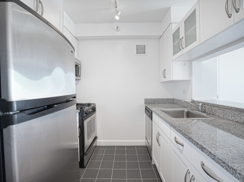 360 West 43rd - #S14E Kitchen