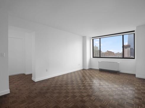 420-w-42-#23H-Livingroom