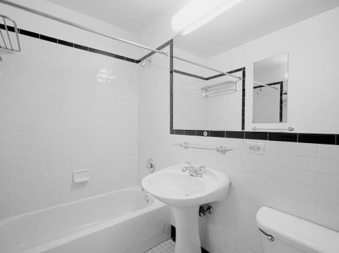 420W42 #7D BATH