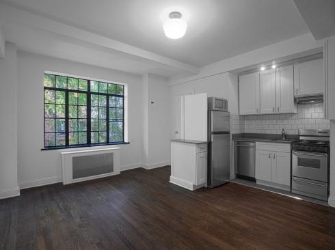 433-w-21-#2E-Livingroom