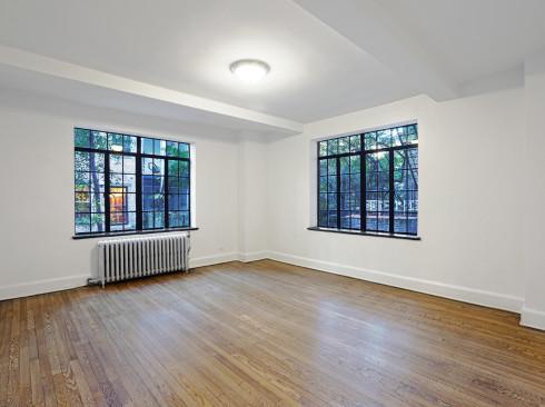 433 w 21 #2F-Livingroom