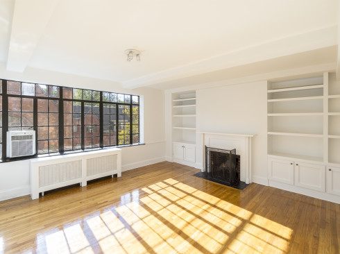 433 West 21st Street Apartment 6A