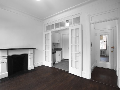 57-w-10-#5AF-Livingroom2