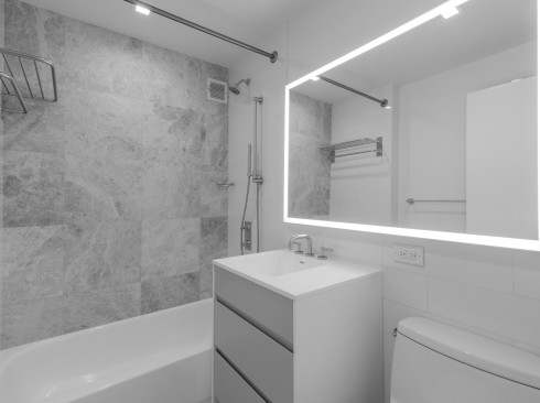 75-West-End-#C4D-Bathroom