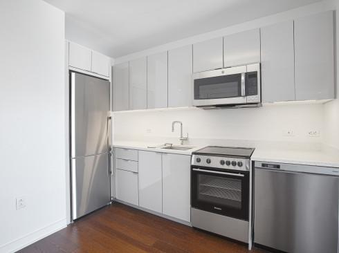 Enclave - Unit 1202 Kitchen