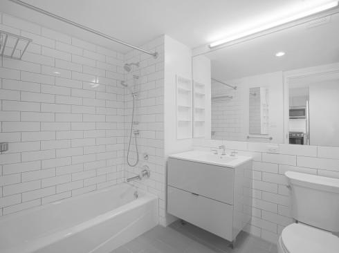Enclave - Unit 524 Bathroom