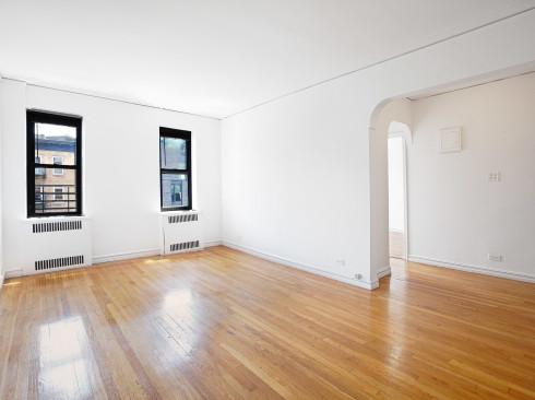62 Leroy St. #4A- Livingroom
