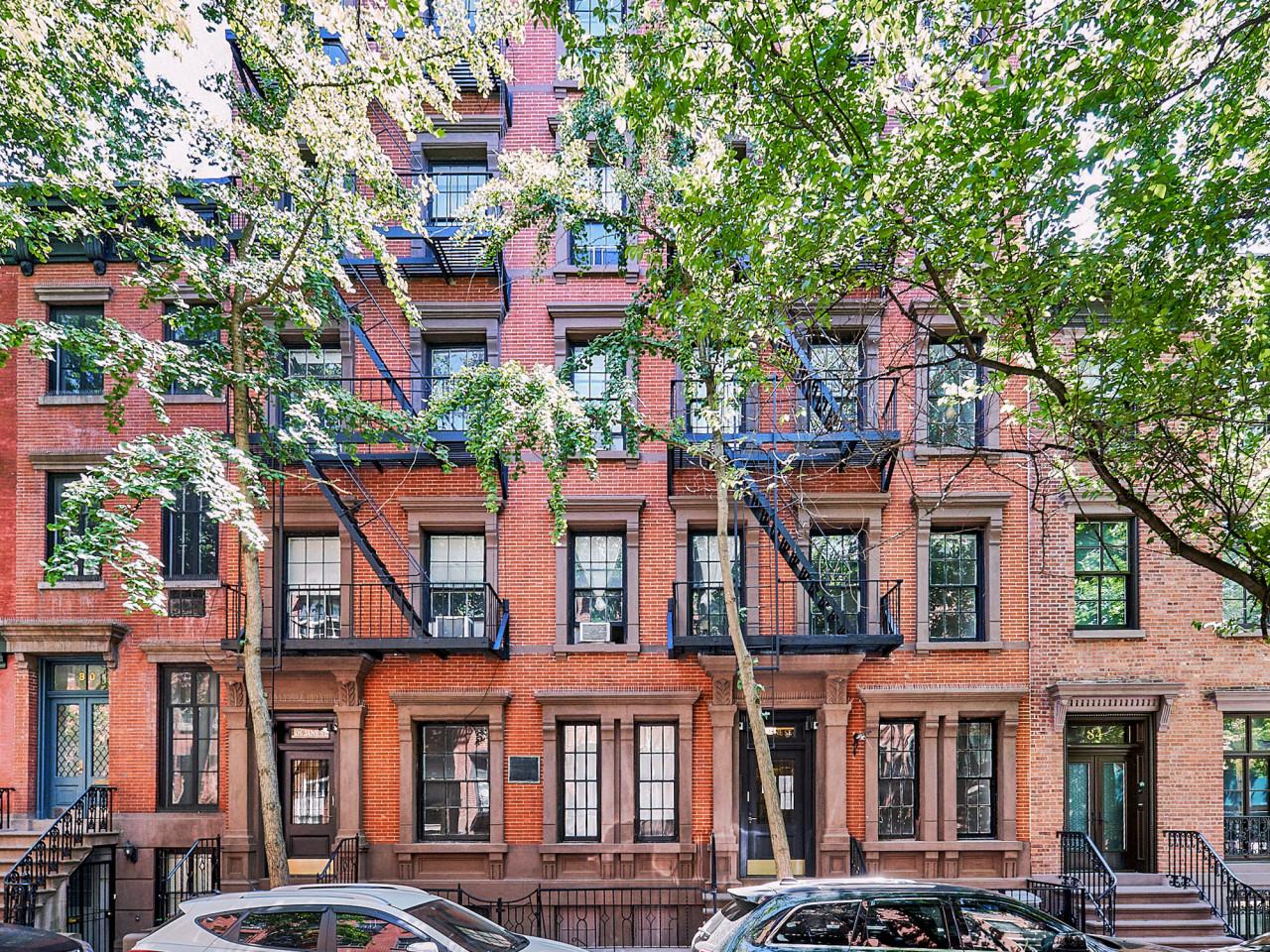 80 1/2 Jane Street | West Village No Fee Rentals | Brodsky