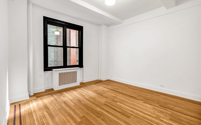 208W23 #1206 BED