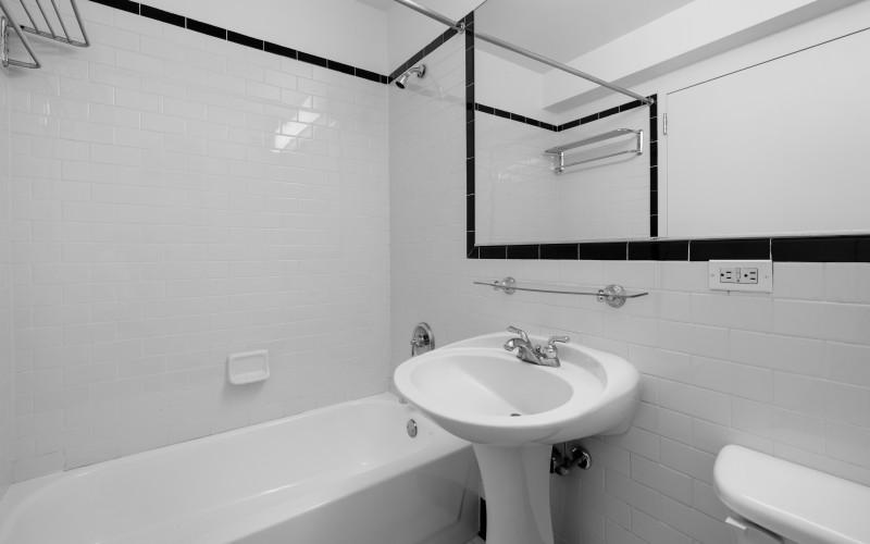 420W42 #8B BATH