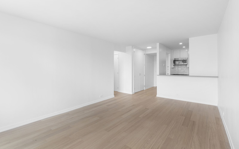 124 w 60 14H - Livingroom2Low