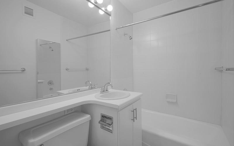 124 w 60 #20K Bathroom