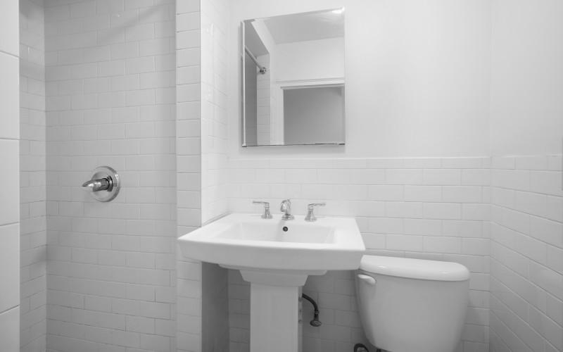 160w71 #5H BathroomLow