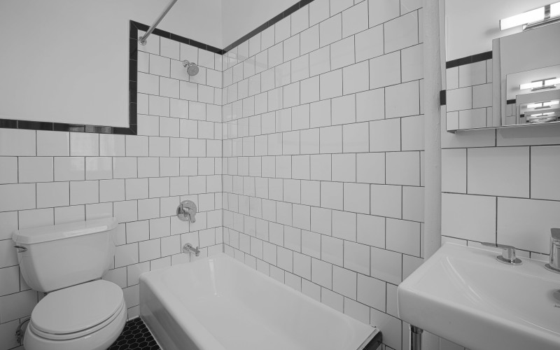 19W69 #1105 BATH