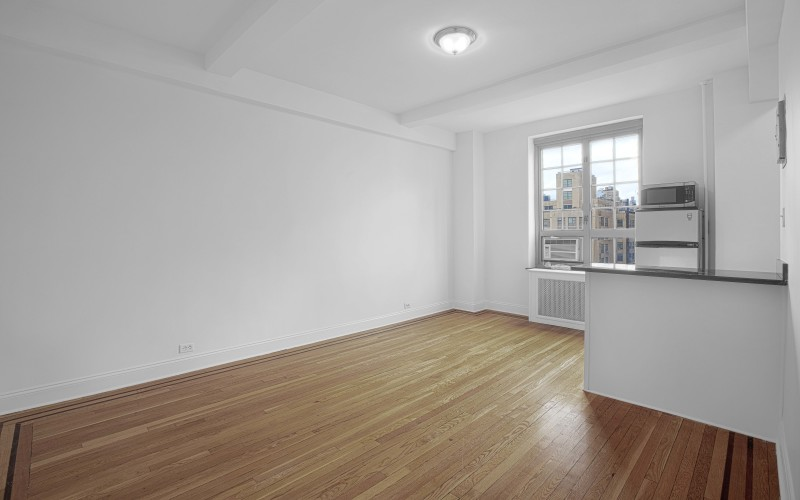 208-w-23-#1206-Livingroom1L