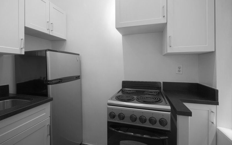 24 5th-ave 618-Kitchen