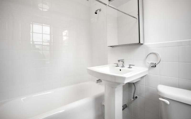 24 Fifth - 1229- Bathroom