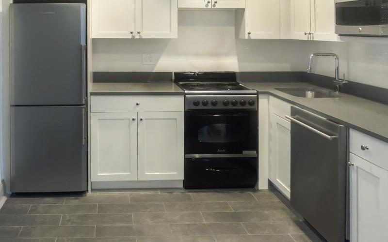 24 fifth- 714- kitchen