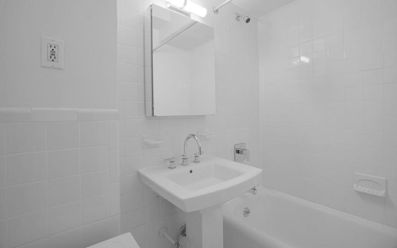 253W72 #1710 BATH
