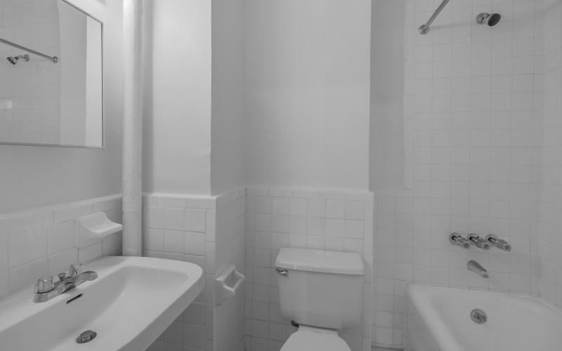 253W72 #1909 BATH