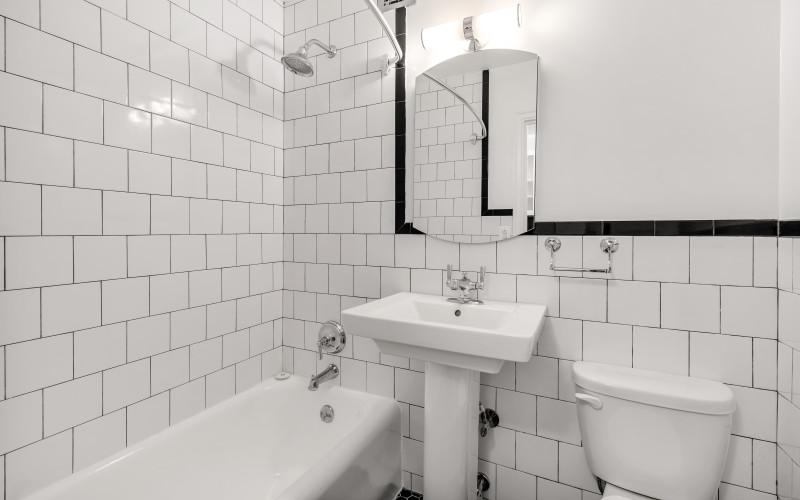 307e44-#322-Bath1