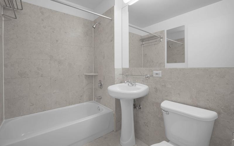 360 W43 N2L Bathroom