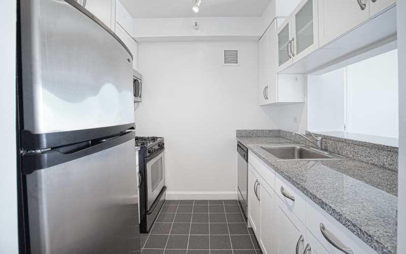 360 West 43rd - #S14E Kitchen