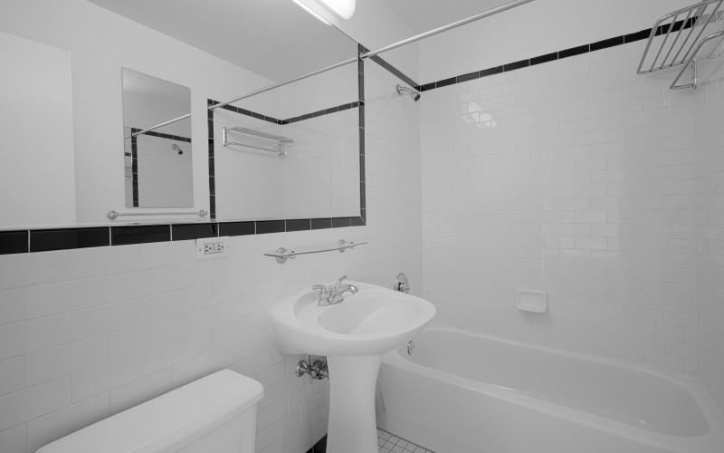 420-w-42-#18G-Bathroom
