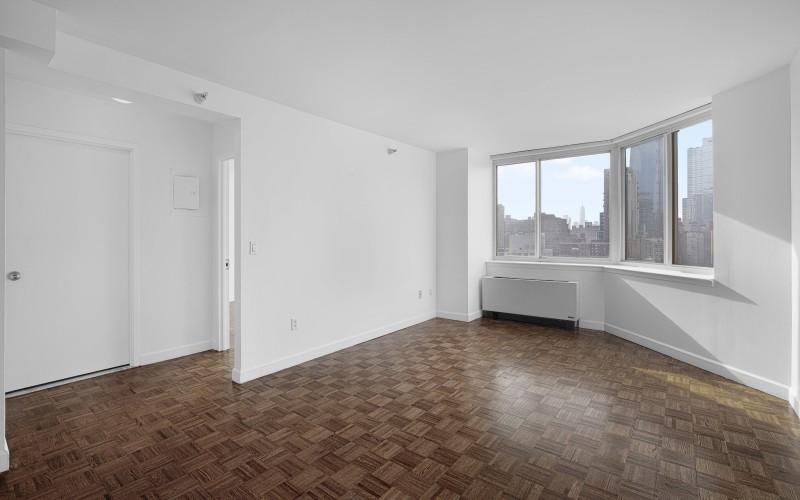 420-w-42-#18G-Livingroom1