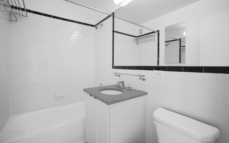 420-w-42-#38A-Bathroom1Low