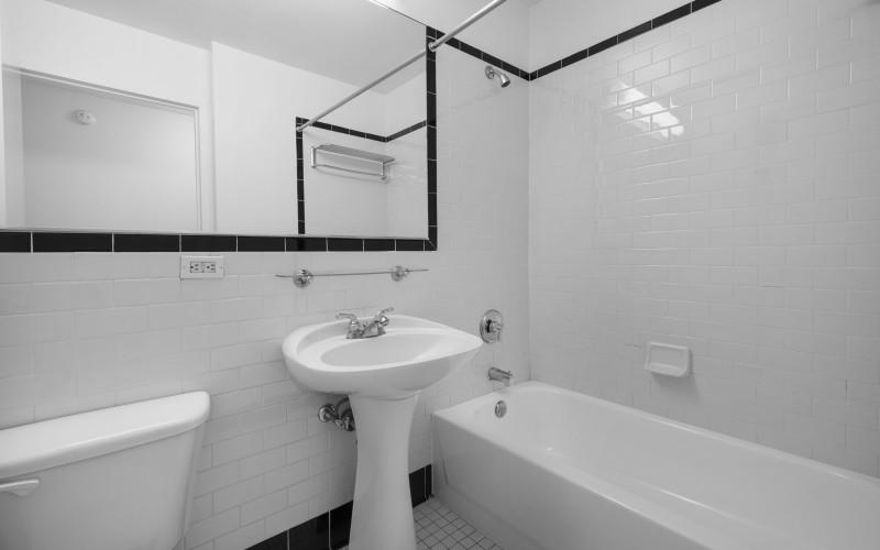 420W2 #8B BATH2