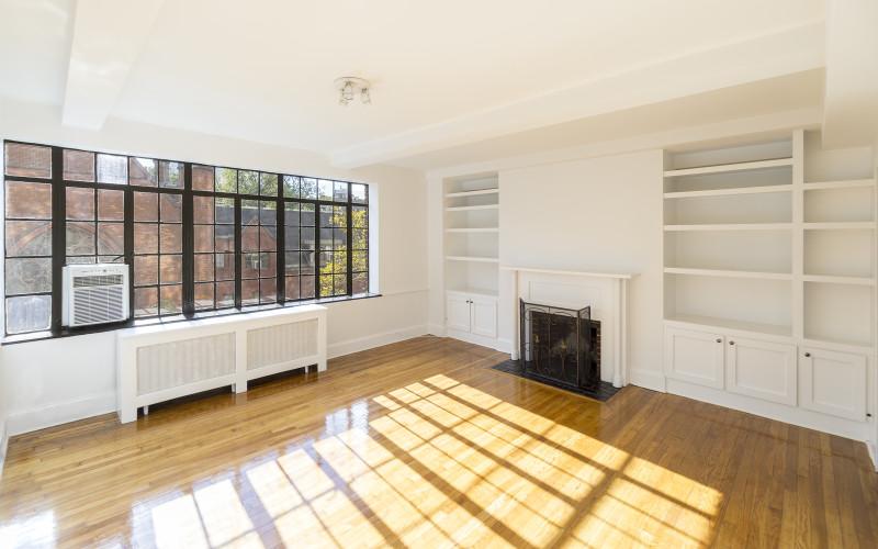 433 West 21st Street Apartment 6A