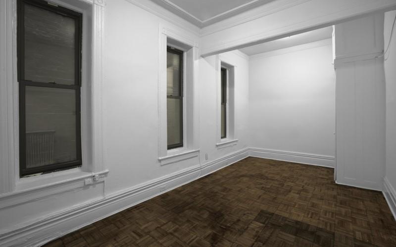 57-w-10-#2BC-Livingroom